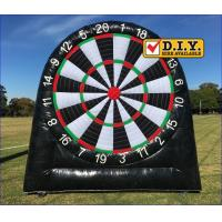 Rental Inflatable Sports Equipment Football Game Giant Inflatable Dart Board Manufactures
