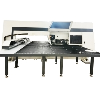 40rpm 32 Stations Servo Type CNC Turret Punching Machine For Metal Plate Manufactures