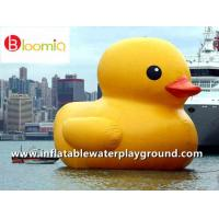 Airtight PVC Inflatable Yellow Dark Rubber Duck Floating On Sea For Water Games Manufactures