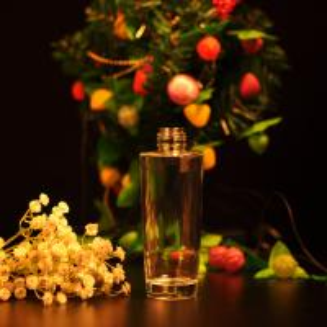 Soda - Line Glass Perfume Bottles , Empty Perfume Spray Bottles Printing Manufactures