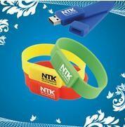 32GB Flashdrive Bracelet Thumb Drive / USB Storage Bracelet Printing Manufactures