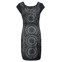 Personalized Black working dresses for women , Sleeveless Hollow dress Manufactures