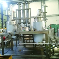 Airtight Manhole 10000L Stainless Steel Solvent Extraction Tanks Manufactures