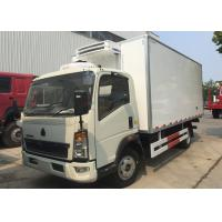Quality Light Refrigerated Trucks And Vans , Environmental Reefer Box Truck for sale