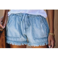 Buy cheap Light Wash Short Pants Cotton Women'S Denim Shorts With Fray Hem from wholesalers