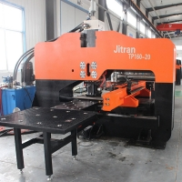 40m/Min Thick Plate Steel Cnc Turret Punch Press Machine Manufactures