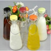 China 500ml  1000m beverage bottle with handle Glass milk bottles juice bottle with ceramics cap on sale