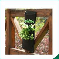 4 Pockets Black Color Recycled Vertical Wall Garden Planter / Balcony Plant Grow Bag Manufactures