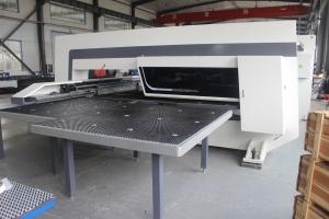 Steel Plate 600hpm 20kw Cnc Turret Punching Machine Manufactures