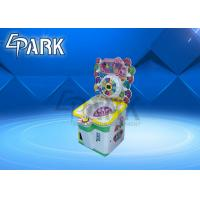 Amusement Park Crane Game Machine , turntable games coin operated candy machine vending Manufactures