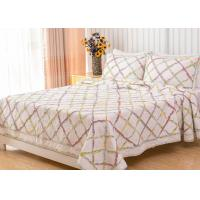 Geometric Full Size Quilt 3pcs Country Style Handmade Patchwork Quilt Bedding Sets Manufactures