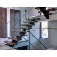 Customized Wooden Tread Straight Flight Staircase Glass Railing For Villa Design Manufactures