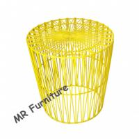 Arrow Design Wire Bedside Table , Colorful Powder Coating Metal Wire End Table Manufactures