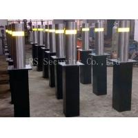 Customized Automatic Bollards IP68 Hydraulic Road Blocker For Driveways Manufactures
