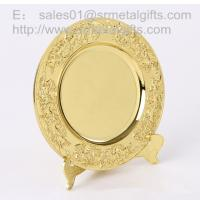 Gold plated metal memorial plate with display stand, highly detailed gold souvenir plates, Manufactures
