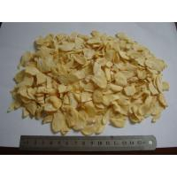 Dried Garlic Pods Chips , Dehydrated Garlic Flakes Wtih Root Eco Friendly Manufactures