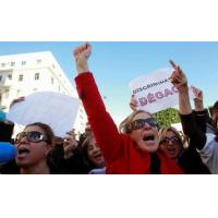 Tunisian women hold tight to rights after revolution Manufactures