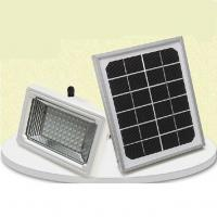 Dust to dawn solar powered outdoor lights Manufactures