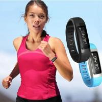 Wholesale new cheap smart watch bluetooth bracelet with incoming call vibarte alert