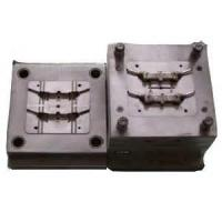 China Plastic Injection Mould for Auto Bumper (XDD-0154) on sale