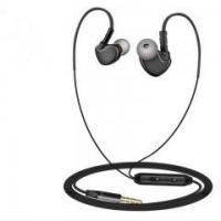 Wired Earphone IPX-5 Wired Earphone with Microphone