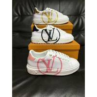 Wholesale High Quality Alexander Mcqueen Leather Shoes White Sneaker Sporty Shoe Manufactures