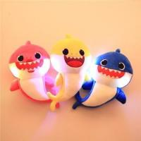 2019 Hot Top Sale Wholesale Fashion Soft Baby Shark Singing Plush Doll Stuffed Shark Baby Manufactures